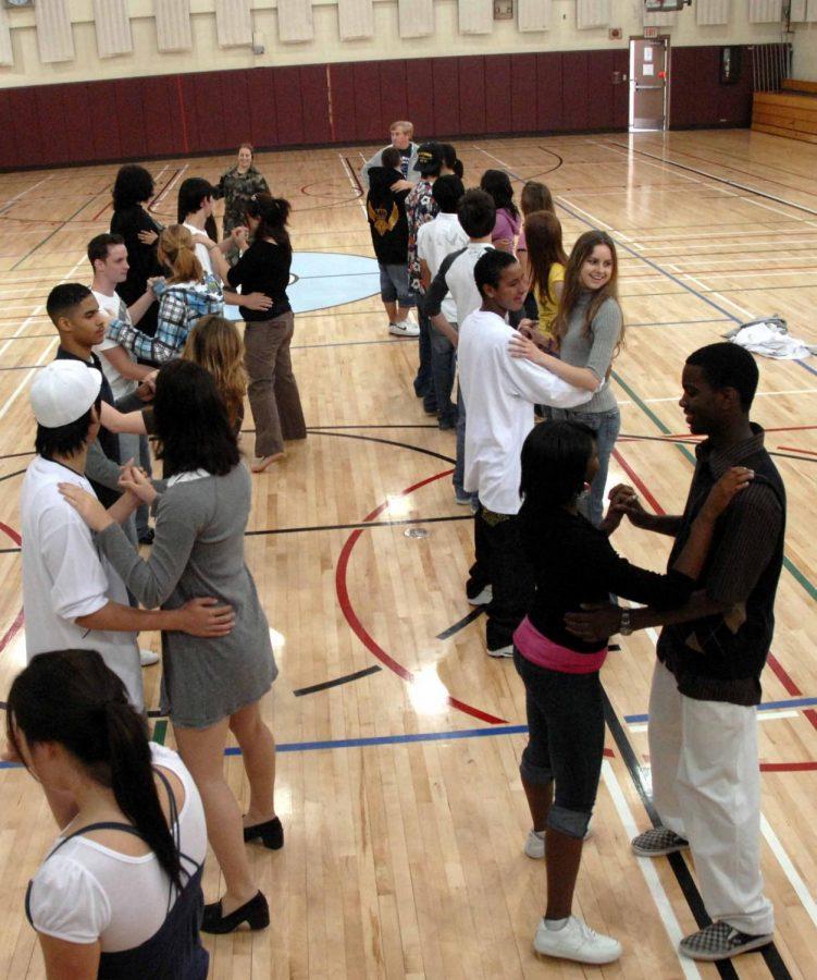 The Puerto Rican Parranda: A Multicultural Benefit Dance