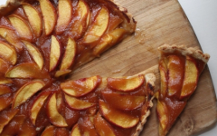 How to Make a Perfect Peach Tart