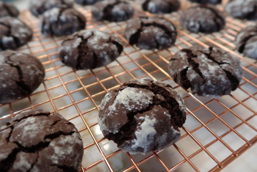 How+to+Make+Chocolate+Crinkle+Cookies