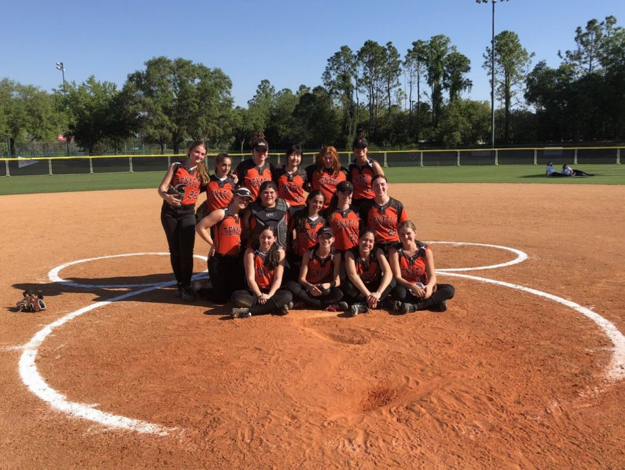 Softball Team Goes to Florida for Spring Training