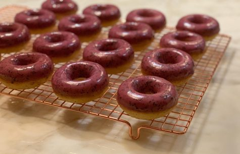 How to Make Earl Grey and Blueberry Donuts